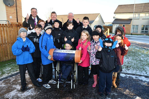 Pupils from Fallin Primary with Bruce Crawford MSP - Time Capsules UK