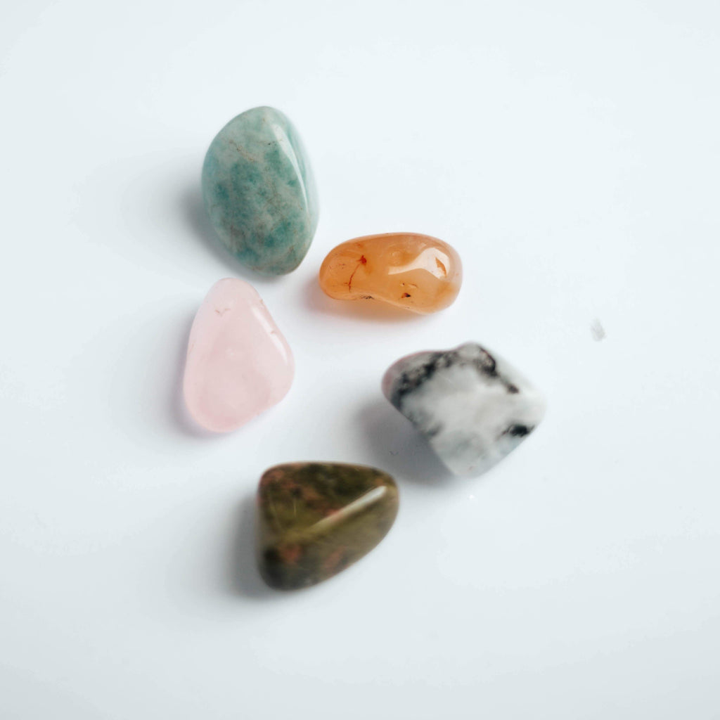 Mothers Womb | Oracle Crystal Kit