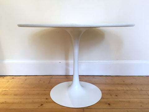 Mid Century Modern Arkana Tulip Dining Table