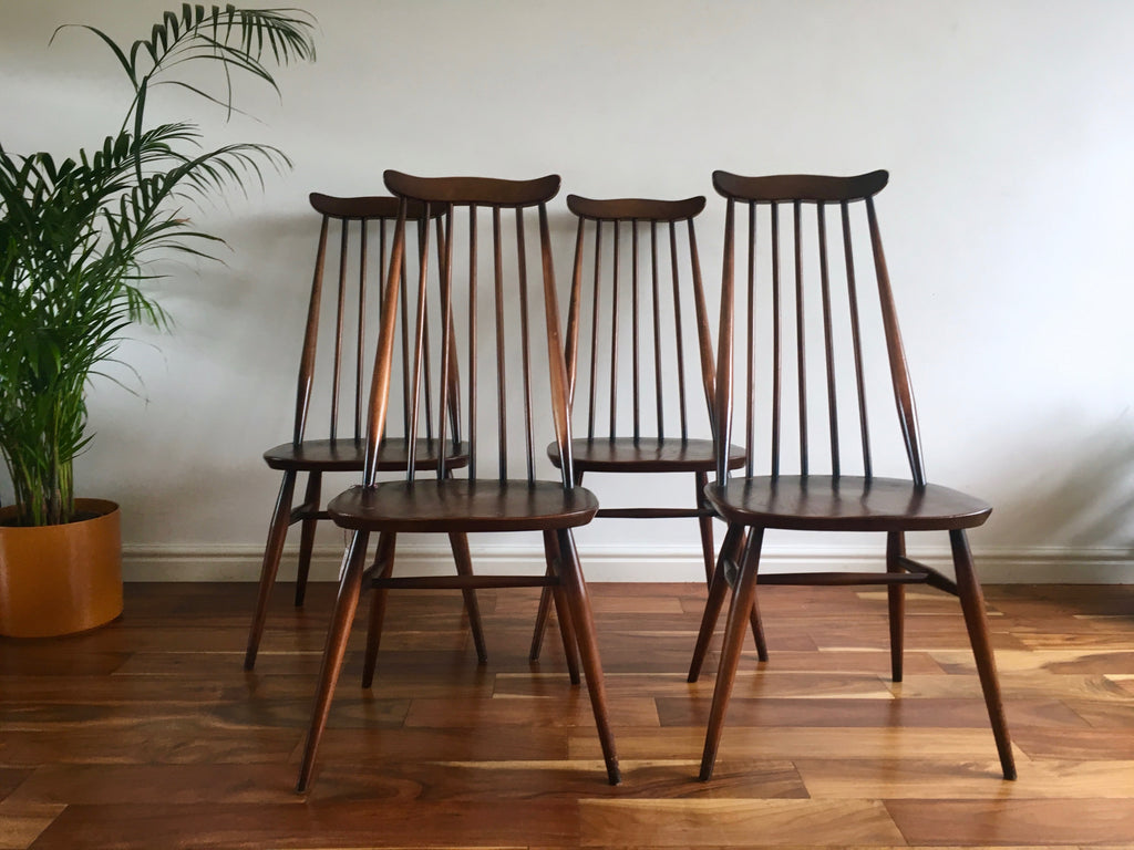 differently ec72e 7c42c Ercol Windsor Goldsmith Dining Chairs (Set of four)