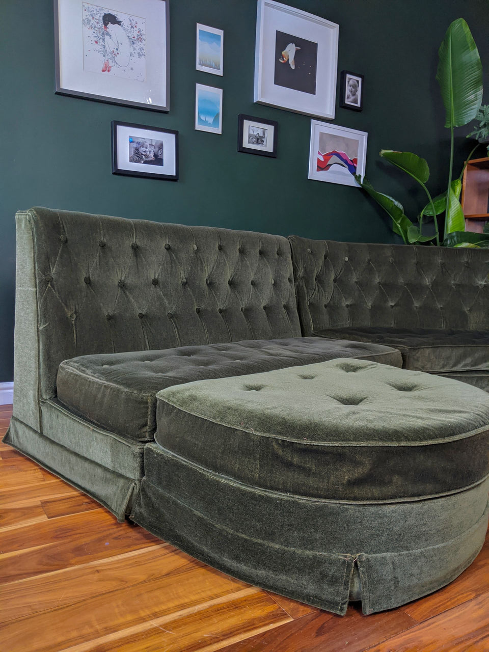 Mid Century Forest Green Curved Sectional Sofa with Footrest
