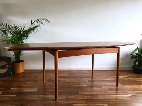 Mid Century Danish Extending Oval Dining Table Teak