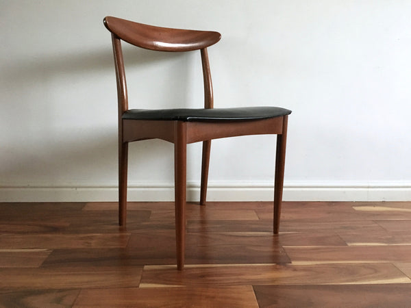 Greaves and Thomas Dining Table and Chairs