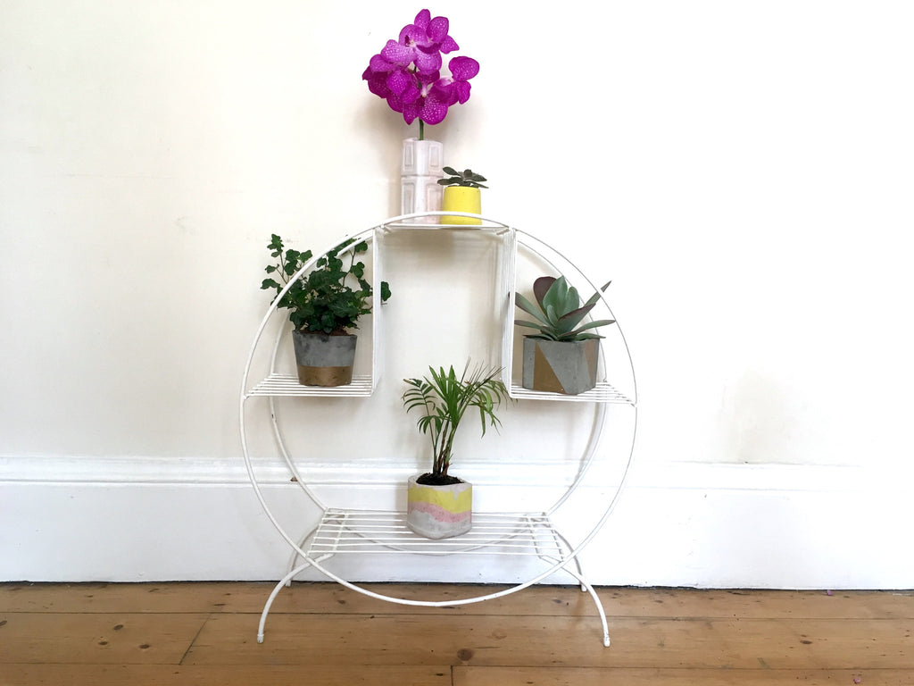 Picture of: Mid Century Atomic Metal Circular Plant Stand Habiib