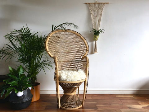 Vintage Boho Wicker Peacock Chair