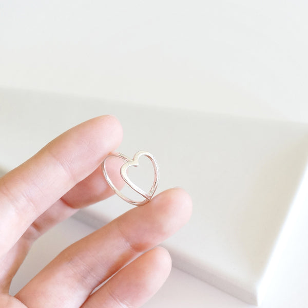 Hollow Heart Ring - TYPENU Co - 5