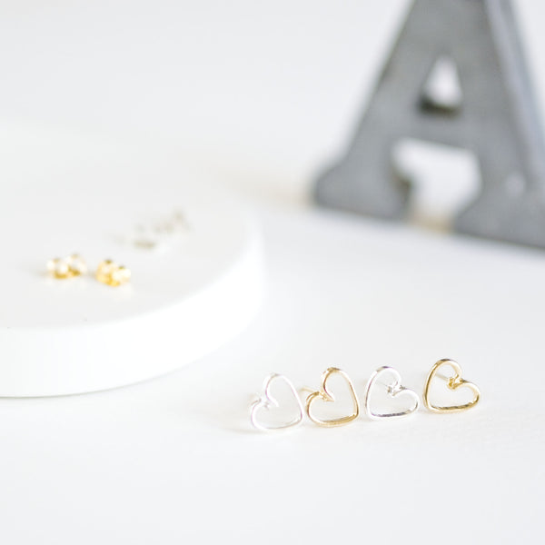 Wire Heart Stud Earrings - TYPENU Co - 1