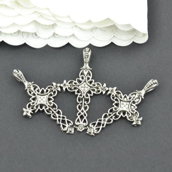 15 Pcs metal cross Charms in Antique Silver