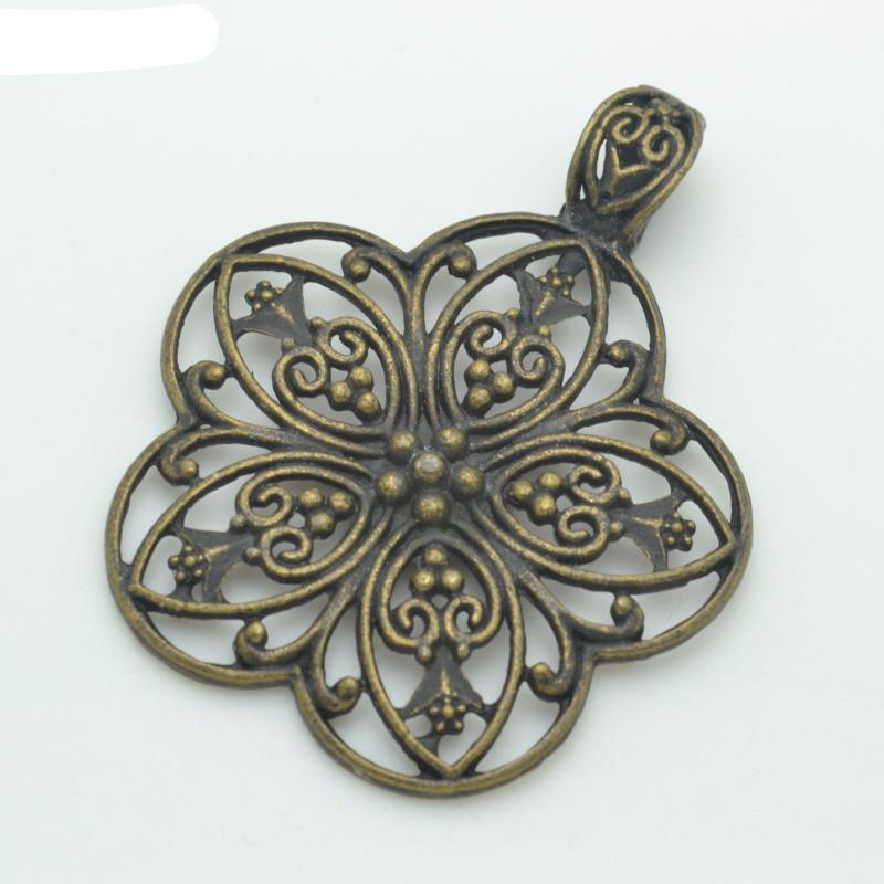 2 Pcs Filigree Ornate Charms in a Floral Design 67*53 mm
