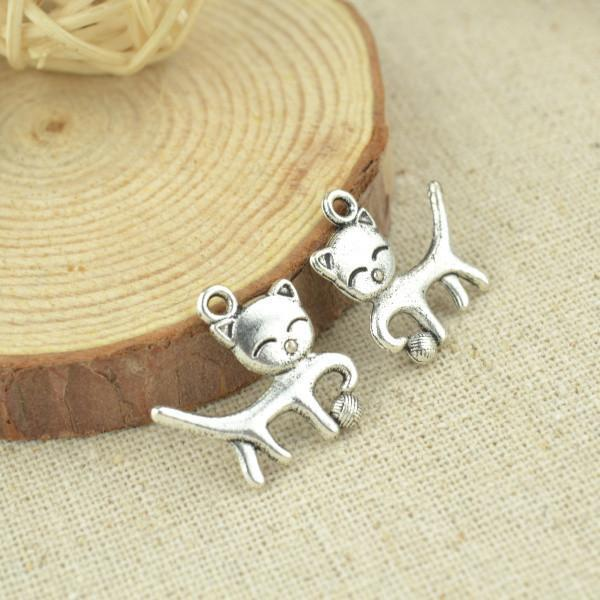 20 pcs 19*18 mm Antique silver Cat Charms 19 mm x 18 mm