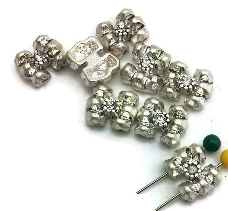 8 spacer beads 2 hole beads d313-N8