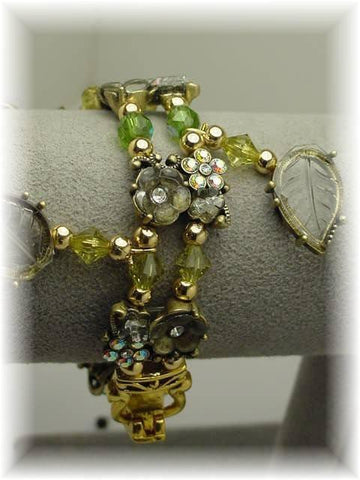 Light Green and Pearl Heart bracelet-idea
