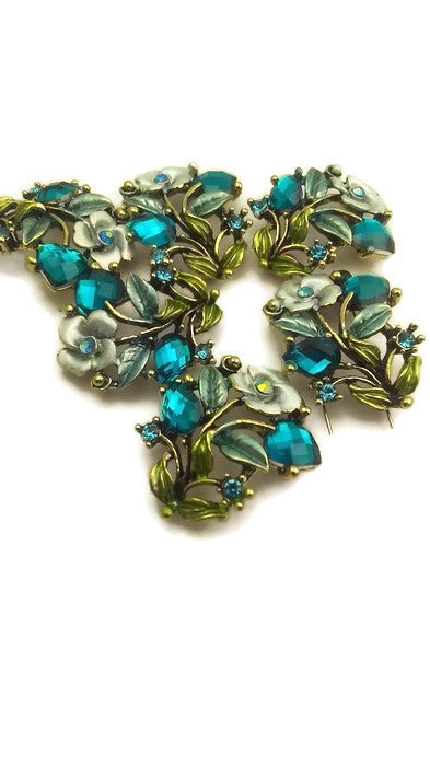 6 Blue Floral Beads
