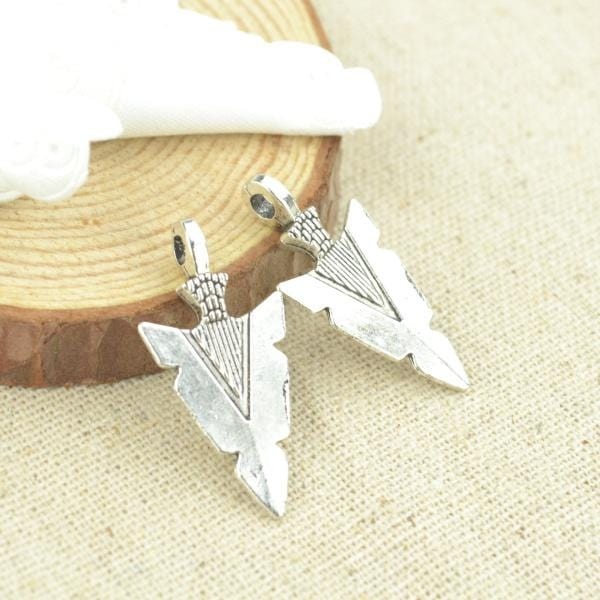 20 Pcs Silver arrowhead charms