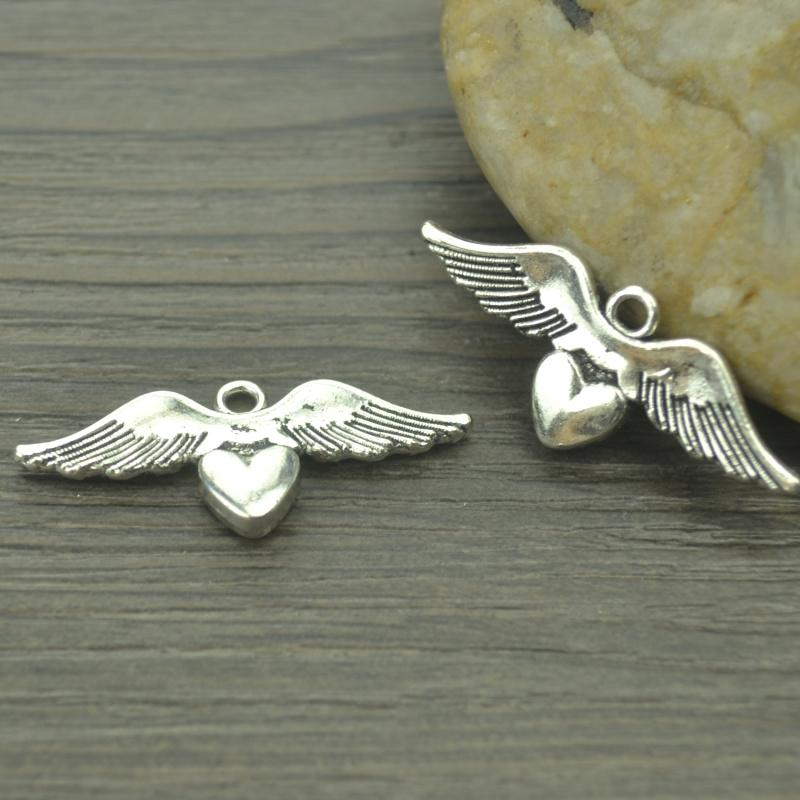 15 pcs/lot Heart wings  Silver  Charm
