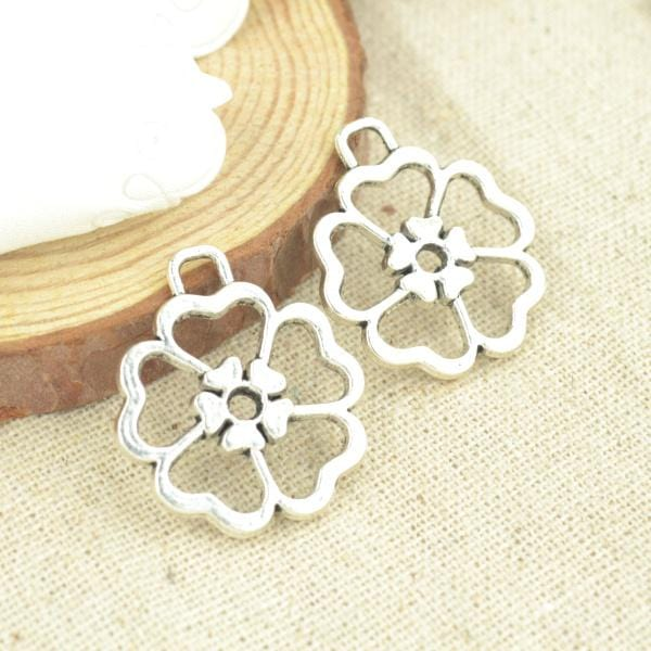 9 Pcs Antique Silver Tone  flower Charms - mobile-boutique.com