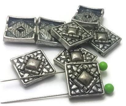silver_squared_2_hole_beads_12024-M5
