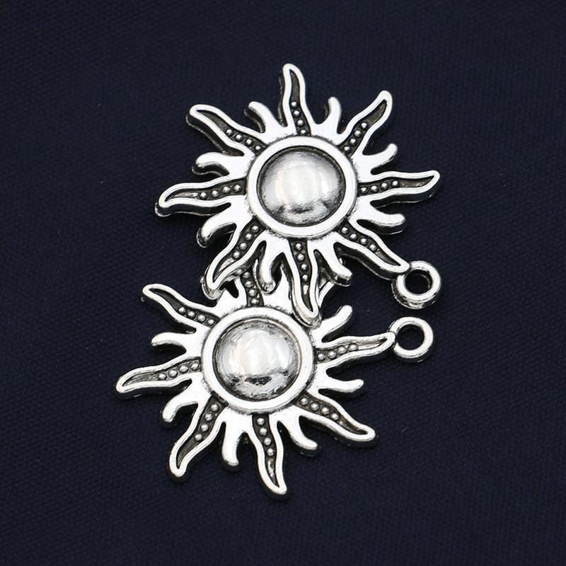 Vintage Antique Silver Plated Sun Charms Pendants 28x25mm
