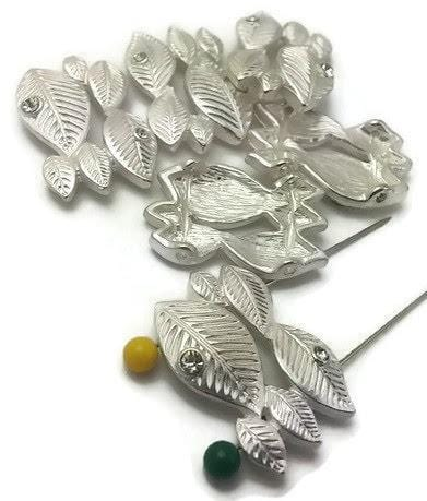 White_leaves_with_2_hole_beads_12012-M5