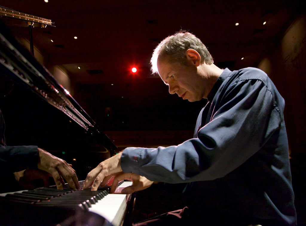 Pianist, Gary Schmidt Talks AirTurn and Announces New CD