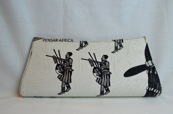 Kitenge clutch - White - African Warrior Print