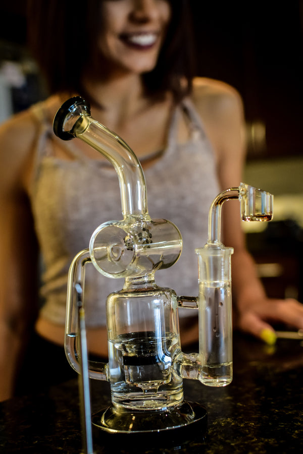 Mile High Glass Pipes | Online Headshop - Bongs, Vapes, Rigs