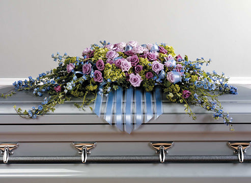 Choosing the Correct Sympathy Flower Arrangement: Funeral Flowers Compared