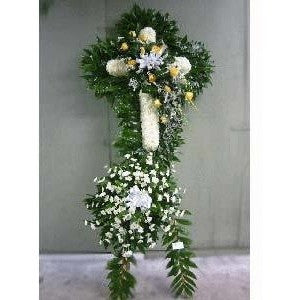 Wreath with Salal Leaves and Pastel Color Flowers Standing Spray