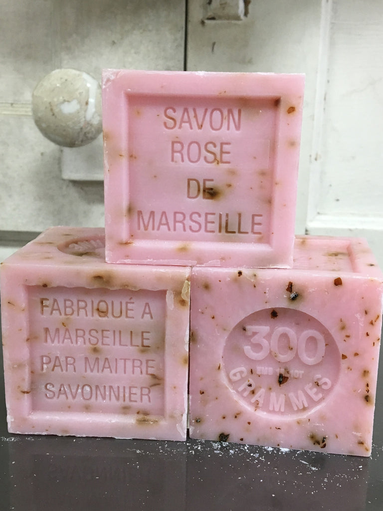 Savon de Marseille with Crushed Flowers