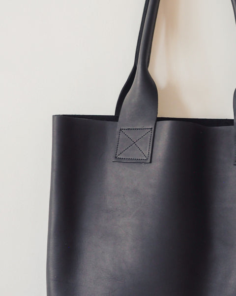 Pre-Order Black Poppins Bag