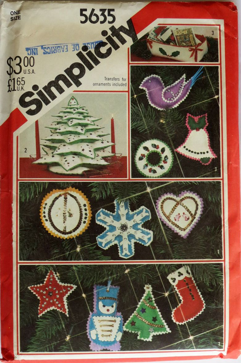 1982 Simplicity 5635 Felt Christmas Ornaments, Tree Centerpiece and Cardholder