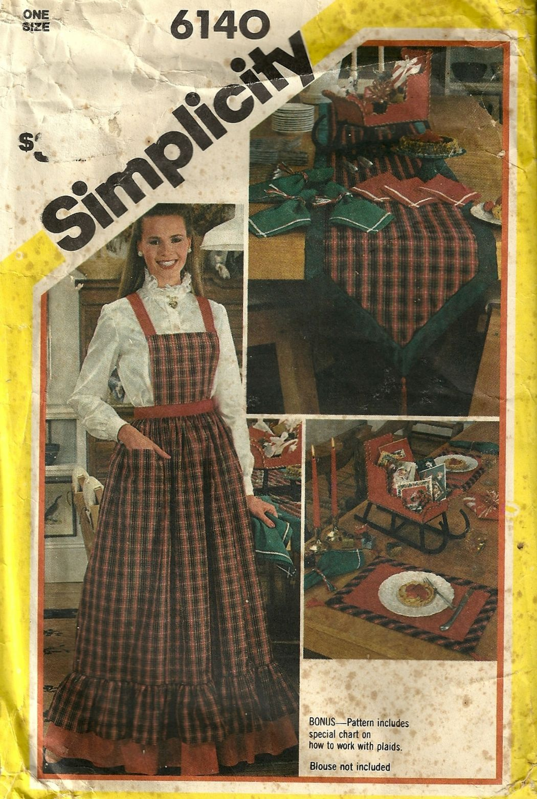 1983 Simplicity 6140 Mrs. Clause Apron & Christmas Decor Sleigh Sewing Pattern