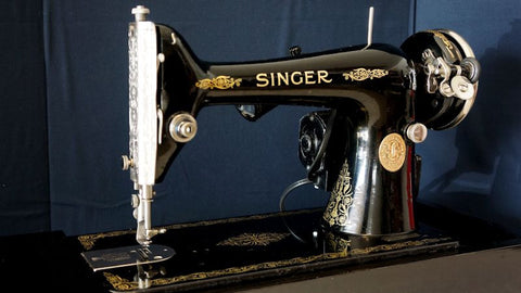 "Singer 66 ""Filigree"" - Vintage Sewing Machine"