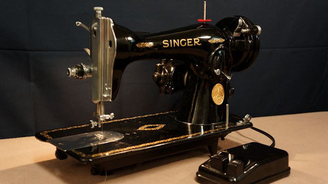 Singer 15-90 - Vintage Sewing Machine