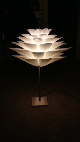 Lotus Puzzle Light