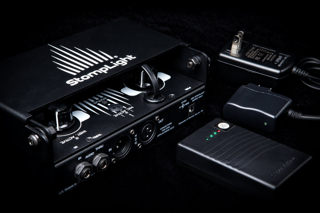StompLight® Pro DMX Lighting Effect Pedal & Power Bank (black version) - StompLight®