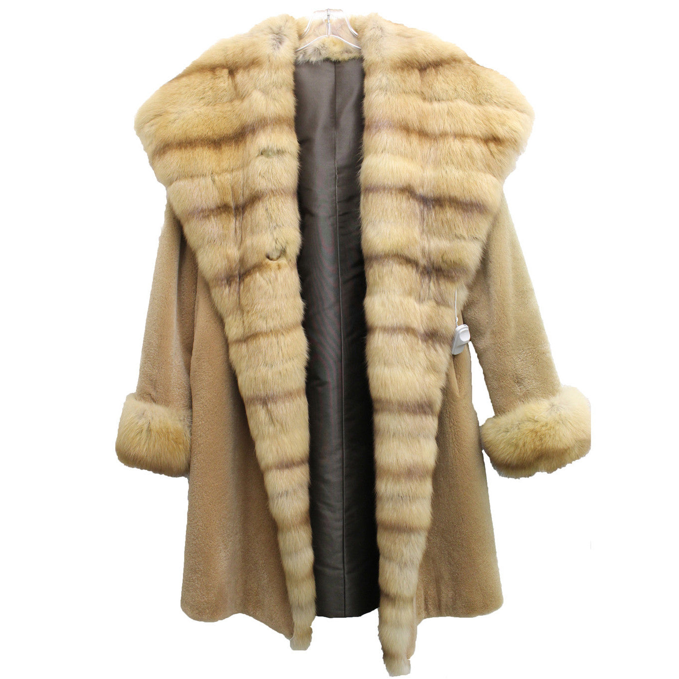 J. Mendel Sable and Beaver Fur Reversible Coat w/Hood (Size M) - Encore Consignment - 15
