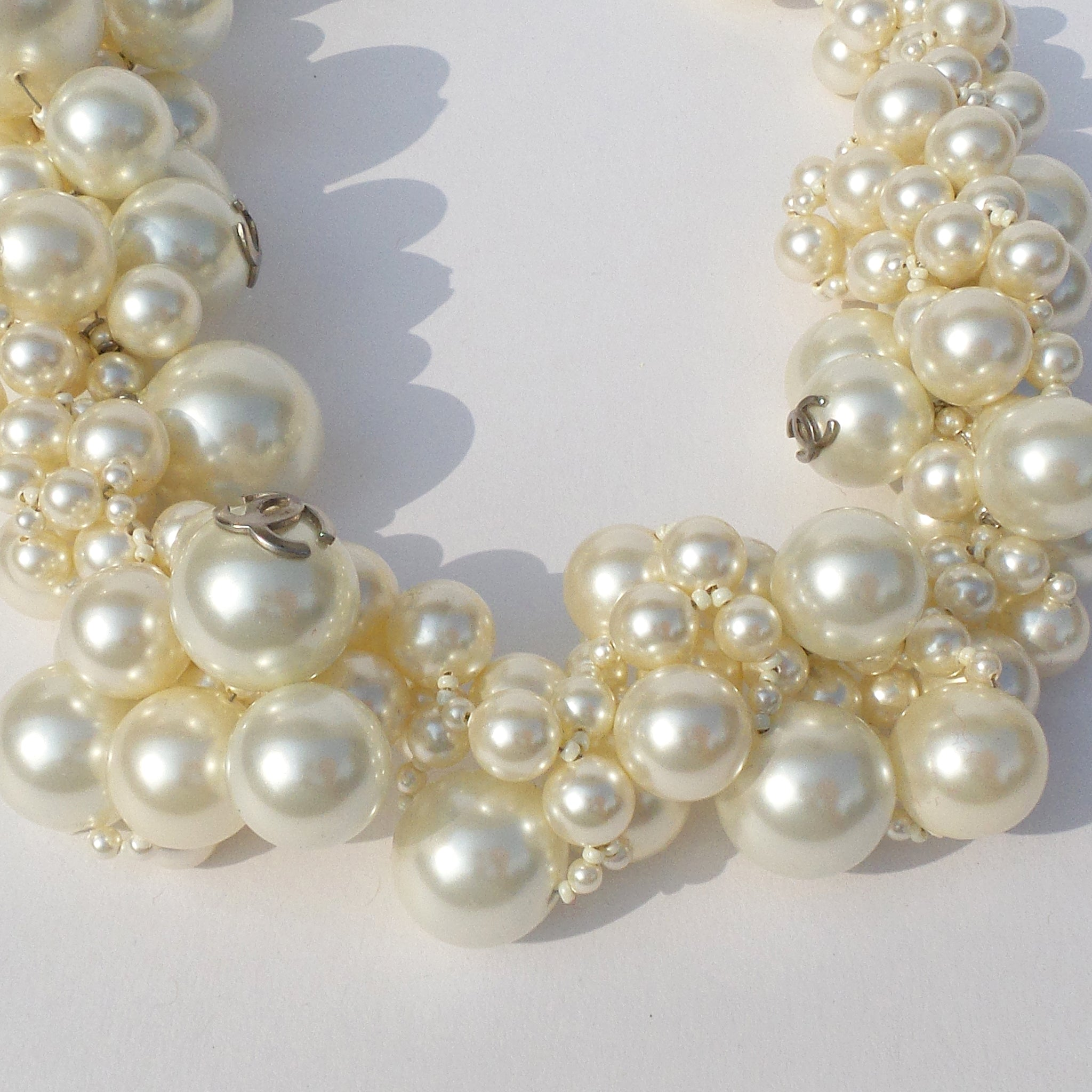 CHANEL 13S Cream Faux Pearl Choker 5 Silver Tone CC Bubble Necklace
