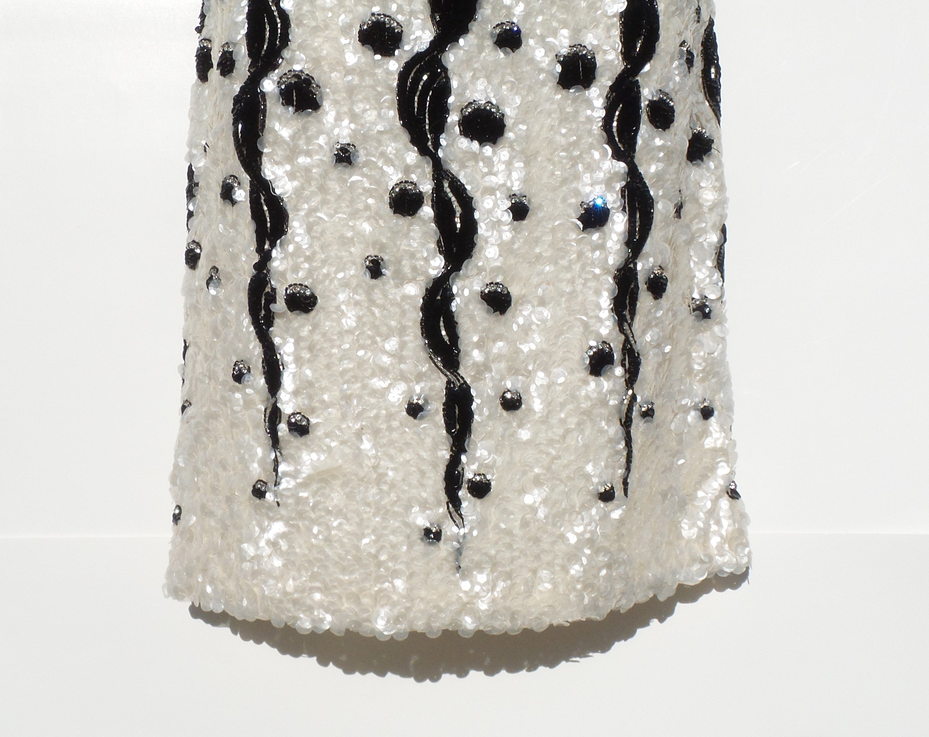 'Sold' CHANEL Métiers d'Art 2005 Ivory Iridescent Sequin Black Beaded Crystal Skirt 38