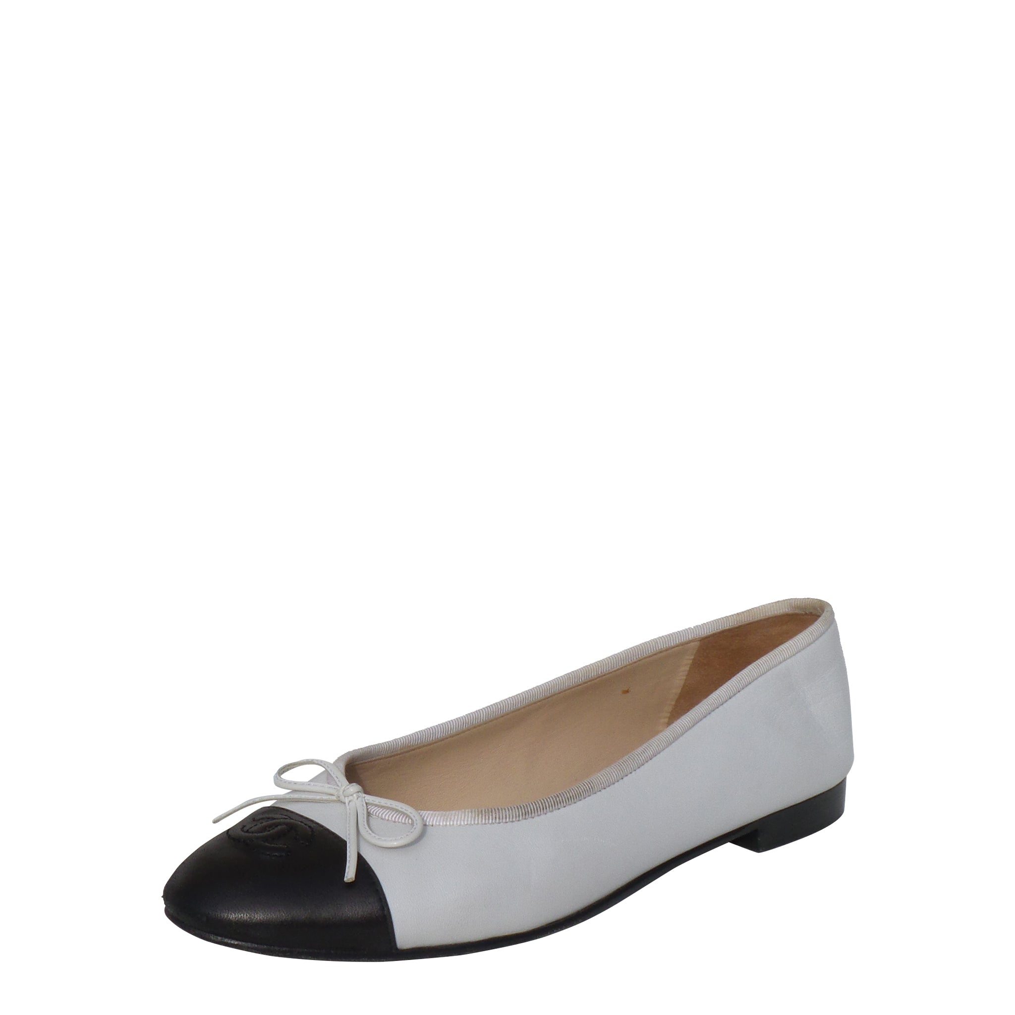 'Sold' CHANEL White Leather Black CC Cap Toe Bow Ballet Flats Ballerinas 40 FUC