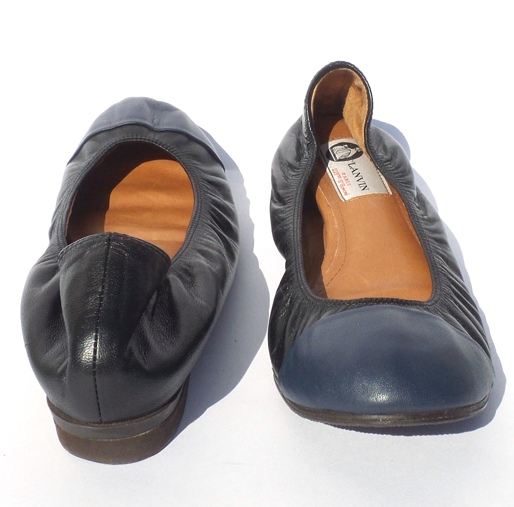 LANVIN Black Leather Navy Cap Toe Classic Stretch Collar Ballet Flats 38.5 39 GC
