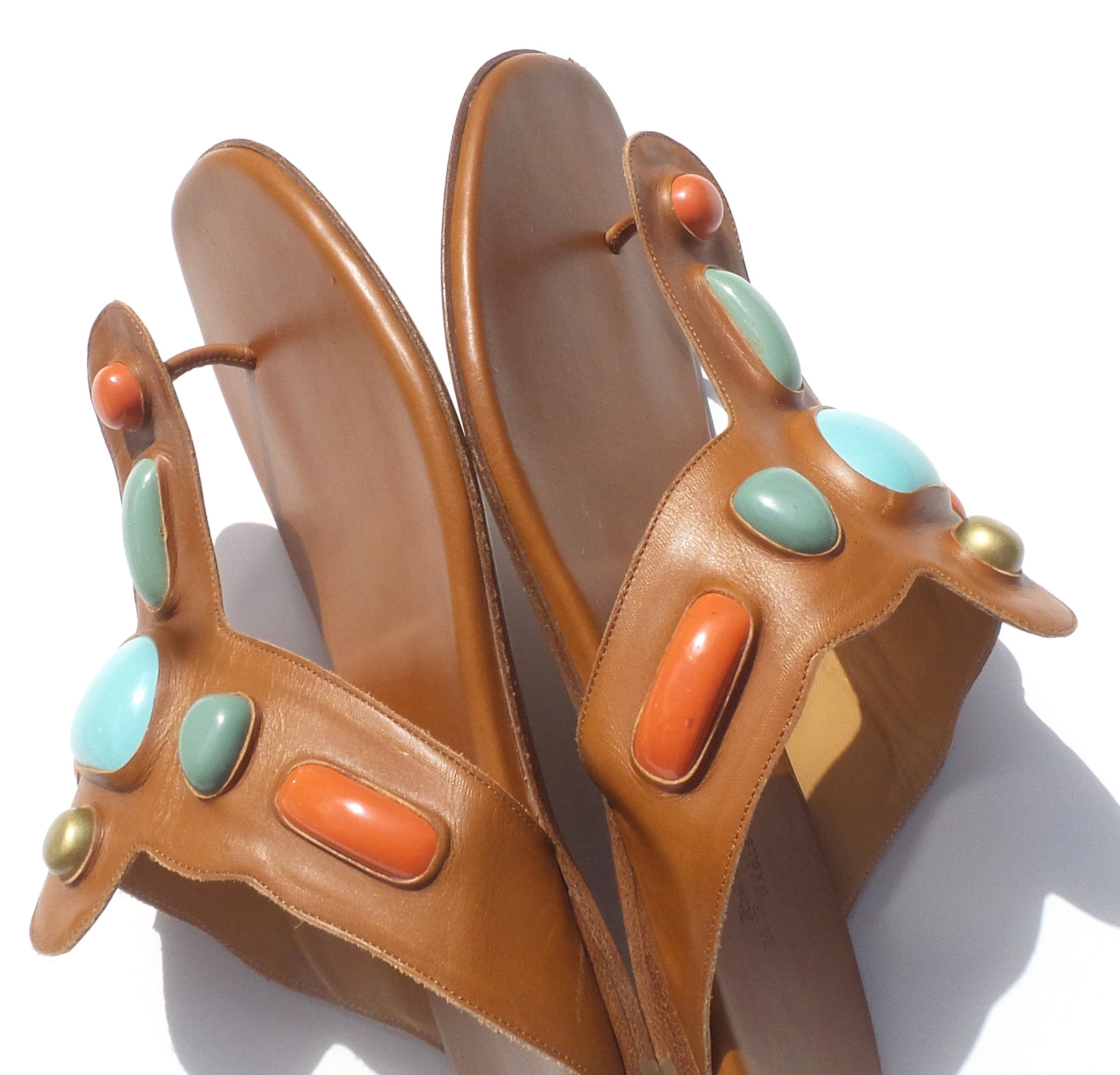 HERMES Cognac Tan Leather Coral Turquoise Embellished Thong Flat Sandals 38.5 GC