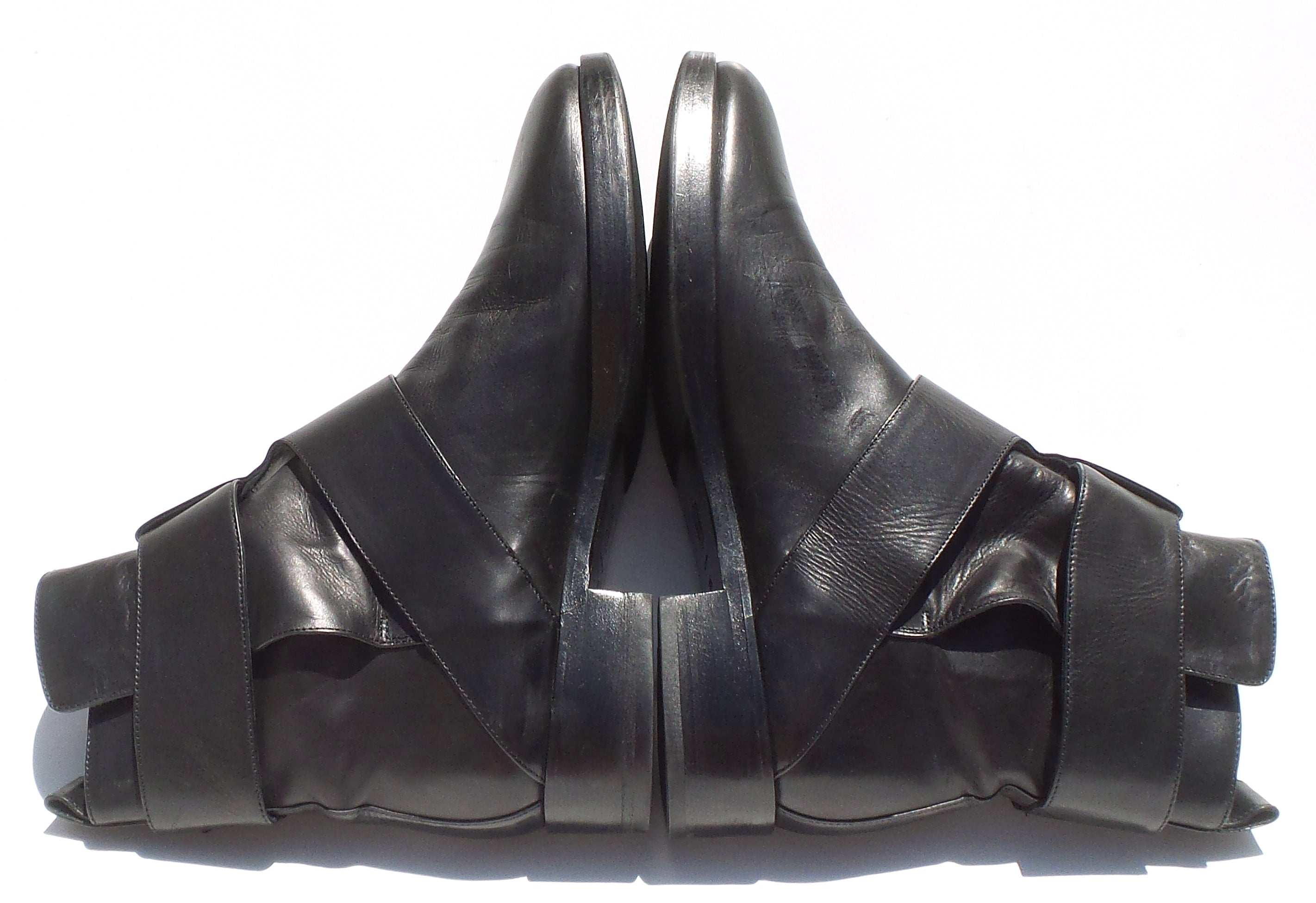 PIERRE HARDY Black Leather Round Toe Double Buckle Low Heel Ankle Boots IT 38.5
