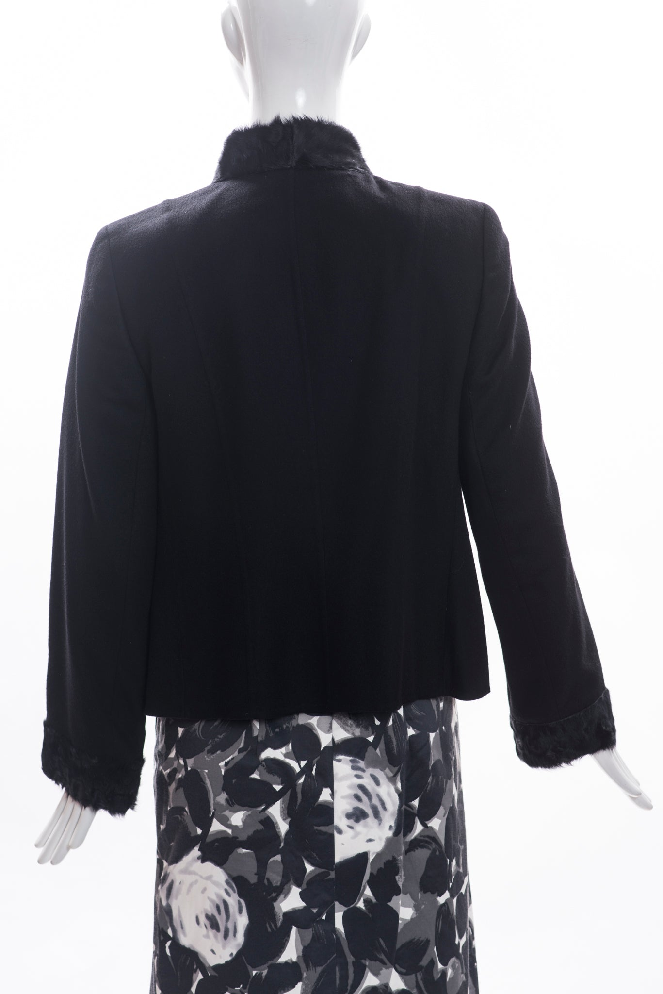 AKRIS Bergdorf Black Cashmere Lamb Goat Fur Trim Fitted Blazer Jacket FR 44 12