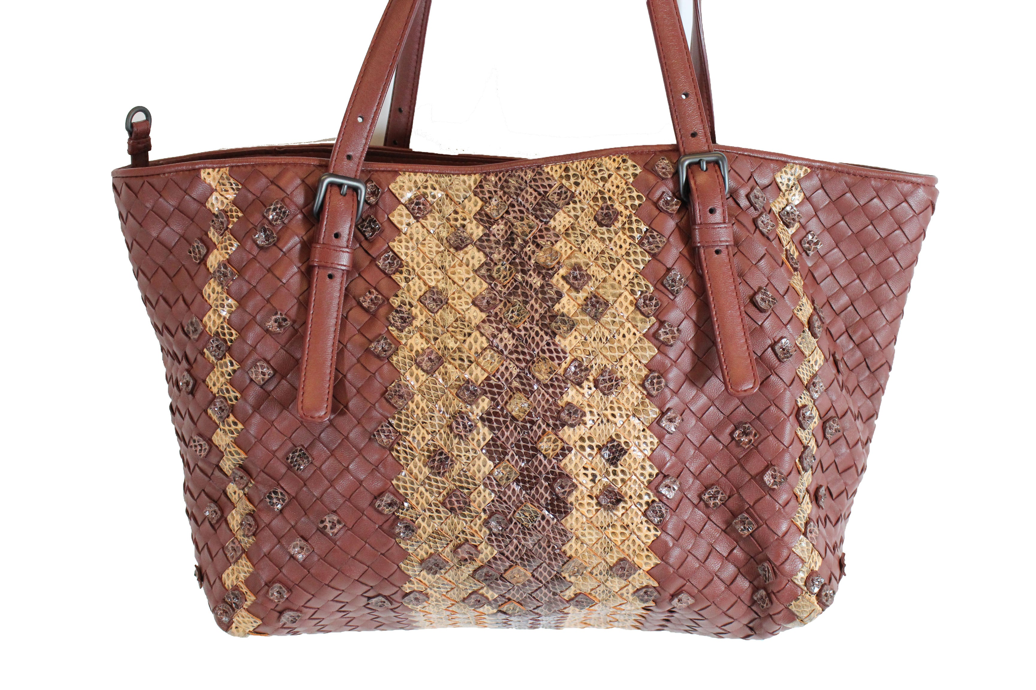 BOTTEGA VENETA Intrecciato Nappa Small Snake Skin Bag – Encore Resale.com f77d304cc23d8