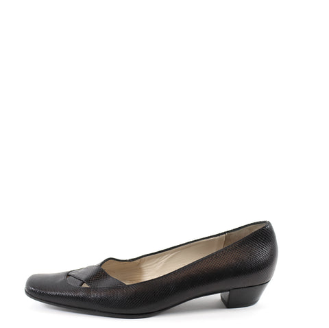 Gucci Black Lizard Pumps (Size 37.5)
