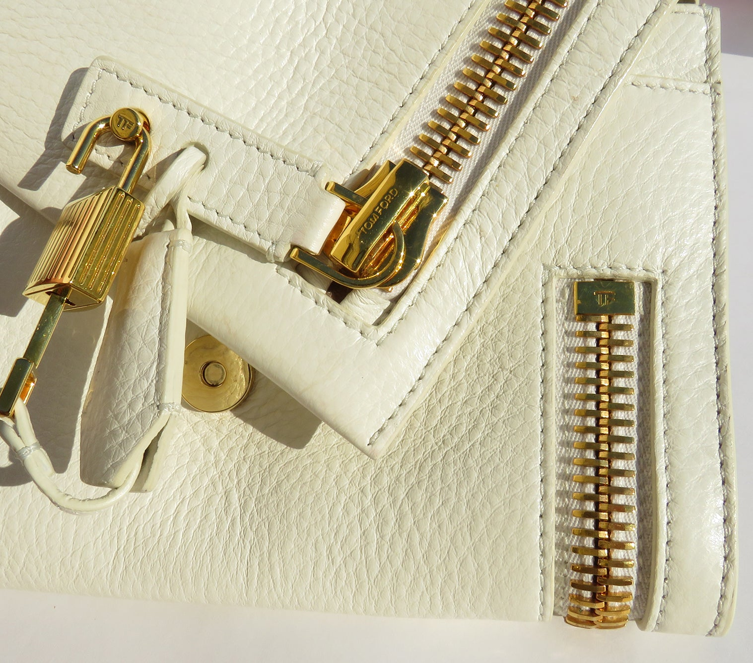 'Sold' TOM FORD Ivory Creme Grained Leather Oversized Gold Zip Lock Alix Clutch Bag GC