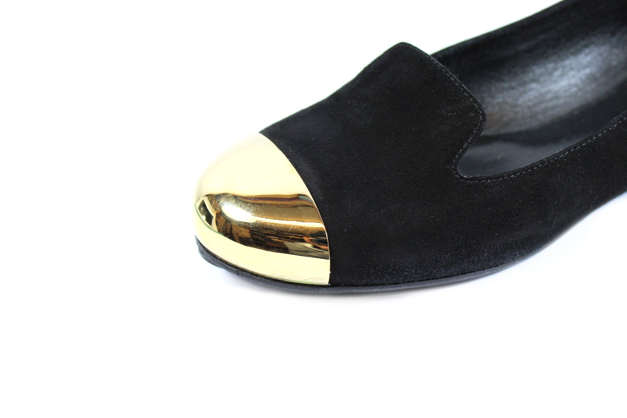 Yves Saint Laurent 'Evalyn' Suede Flats with Gold Cap Toe (Size 36.5) - Encore Consignment - 5