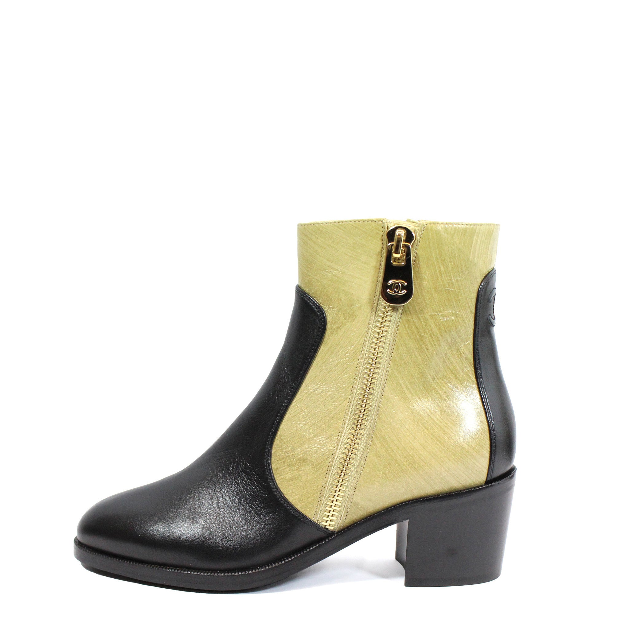 Chanel Two-tone Short Calfskin Boots (Size 38) - Encore Consignment - 10
