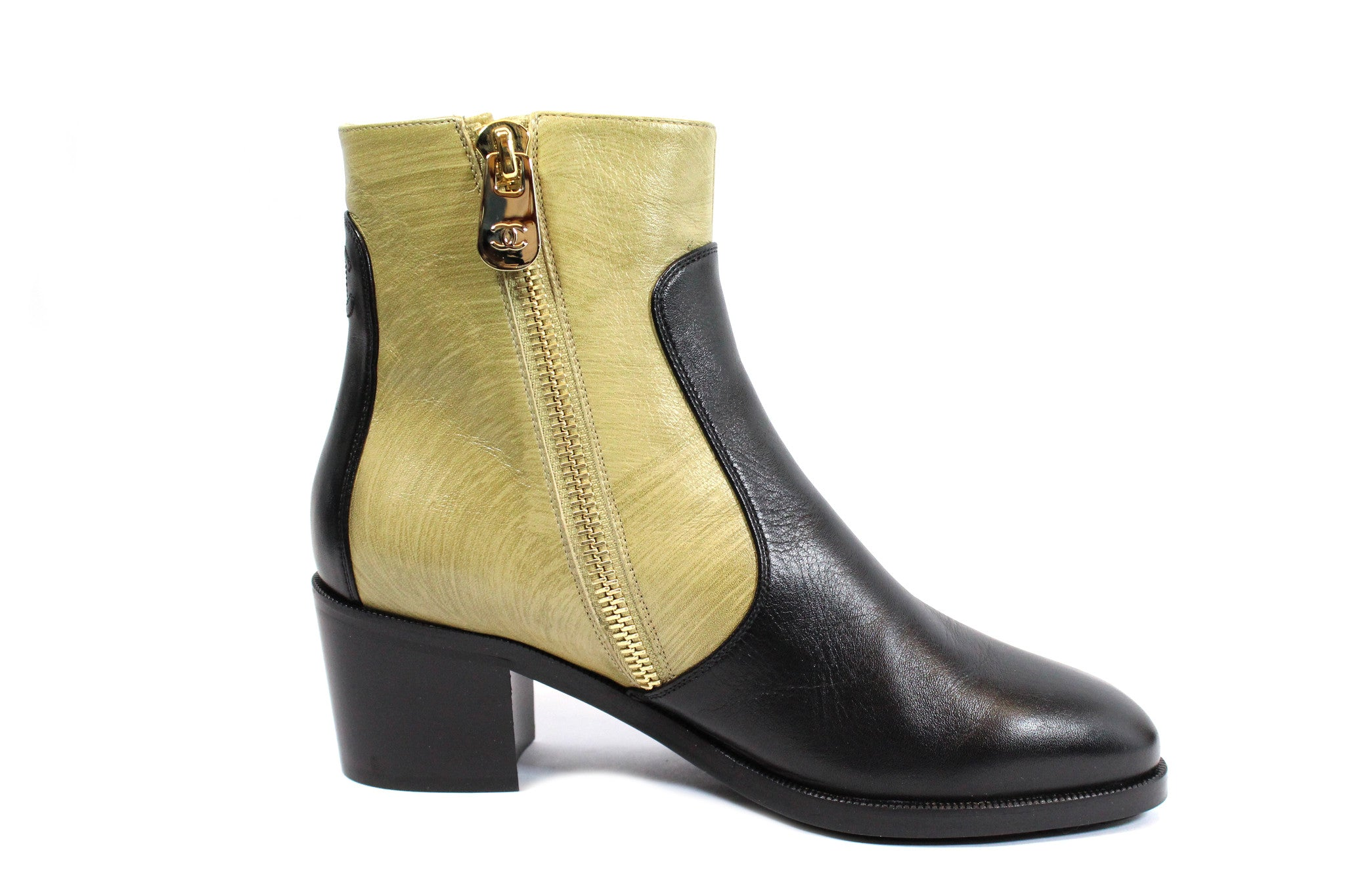 Chanel Two-tone Short Calfskin Boots (Size 38) - Encore Consignment - 3